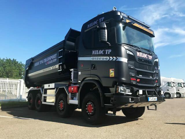 Scania V8 8x8